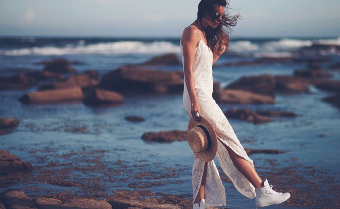 Affordable Australian clothing brands that you need to know about. These up and coming brands have the latest fashions and are even ahead of some trends!