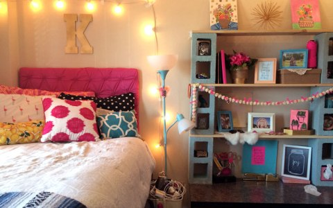 Instead of spending crazy amounts of money on dorm decor you can have fun doing this super easy and cute dorm DIY projects!
