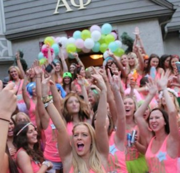 10 Things That ACTUALLY Happen During Michigan State Sorority Rush