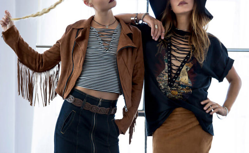 From choker outfits to ruffle tops and trendy mules, these fall trends are the perfect fall fashion inspiration you need and they're super affordable too!