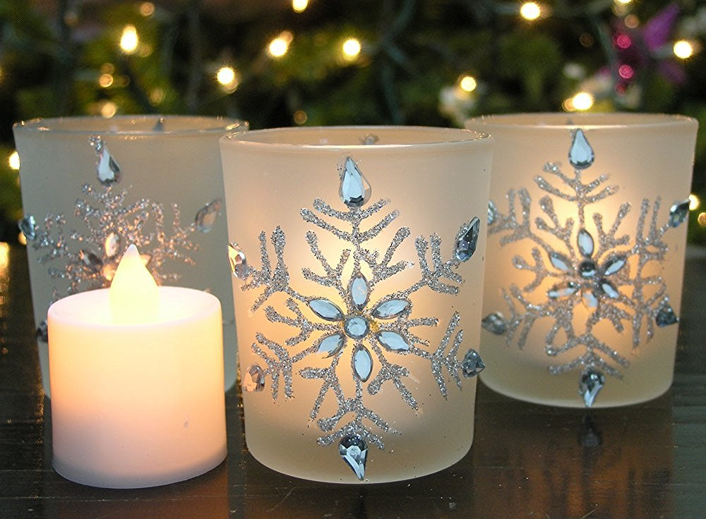 20 cheap festive items to decorate your dorm for christmas society19 - Appealing christmas led candles for christmas decorations ...
