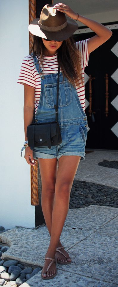 I love dungarees and a fedora for a quick and easy outfit!