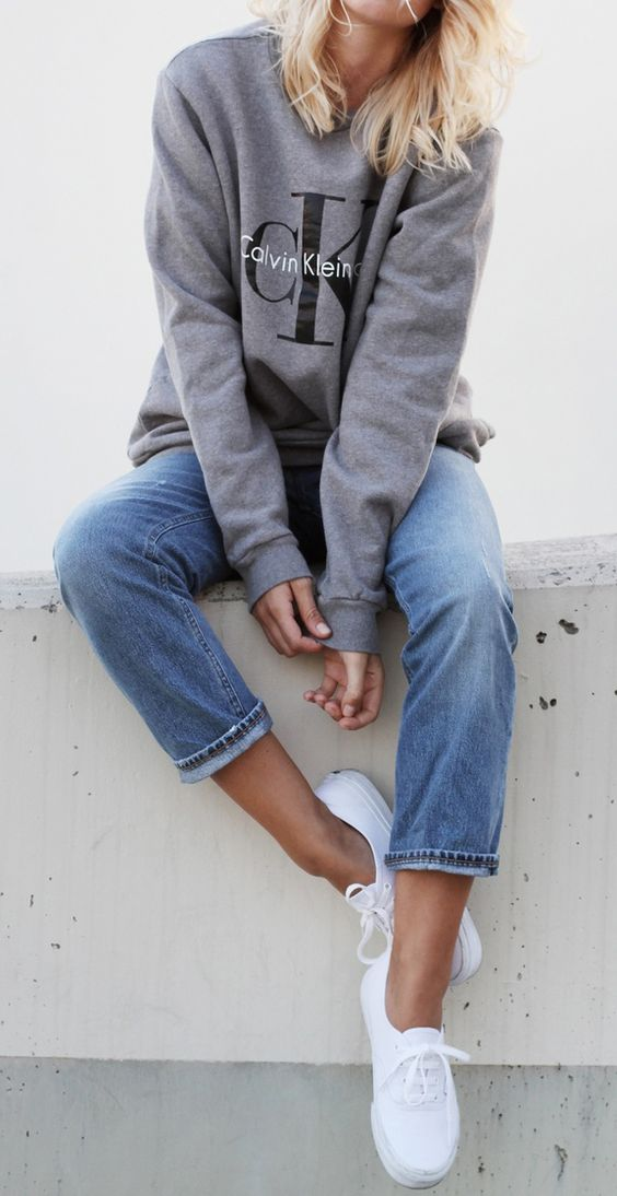 I love a slouchy sweater and jeans for a quick and easy outfit!
