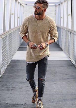These casual sneakers look so good with this outfit.