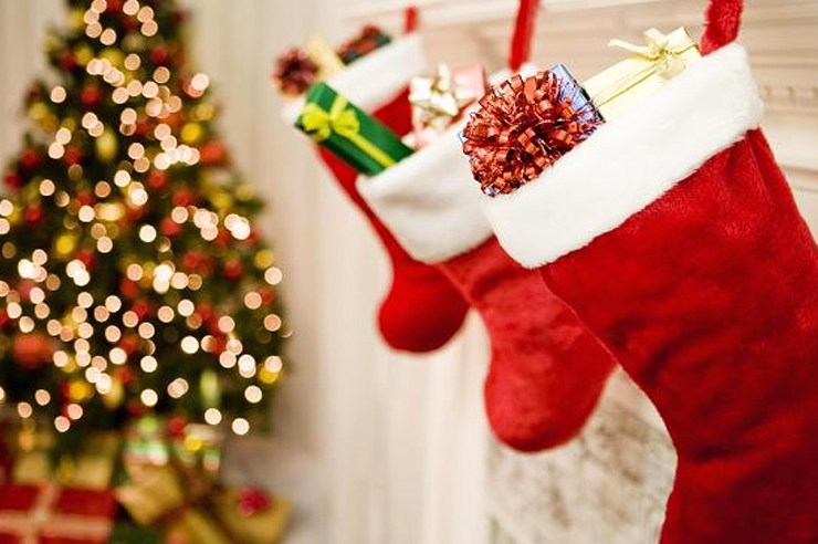 You have your Christmas list all ready to go, but do you know what you want in your stocking? Check out this list of Christmas stocking stuffers for inspo!