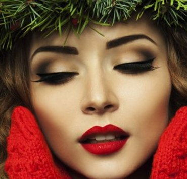15 Holiday Makeup Ideas with Bold Red Lips