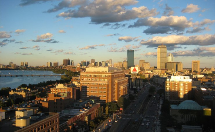 Boston is expensive! So before your freshman year at BU, you should save every penny you can. This is the ultimate guide to Boston University financial aid!