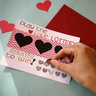 These DIY Valentine's gifts for boyfriends are so cute!