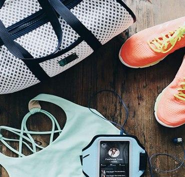 10 Gym Bag Essentials For Your Next Workout