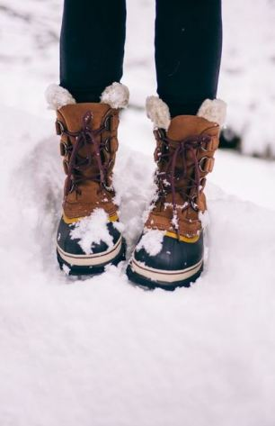 These winter furry duck boots are so cute!