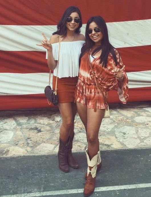 f4e9d6a4fbc 10 Gameday Outfits At The University Of Texas At Austin - Society19