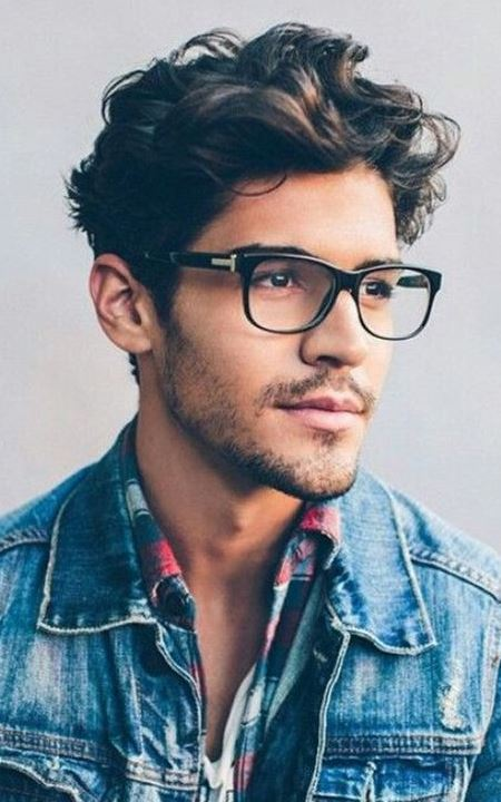 There's something about a guy in glasses!