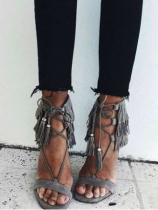 These heels are so cute for going out in the summer or while on spring break!