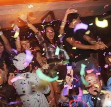 The UF party scene has tons of chances for fun, whether you're 21 or not. Follow these tips from our ultimate UF party guide for an unforgettable night!
