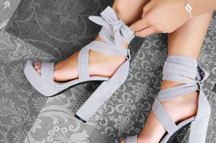 Your shoe choice defines your night out, especially when it comes to college parties. But how do you pick? Follow our guide to pick the perfect pair!