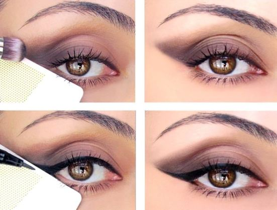 Use a card to get the perfect cat eye!