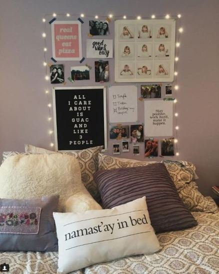 15 ways to decorate your dorm room if you are obsessed for Ways to decorate your room