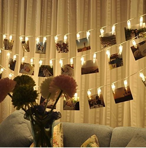 Nice Stringing Fairy Lights Are The Perfect Ways To Decorate Your Dorm Room!  Copy This Look: Part 15