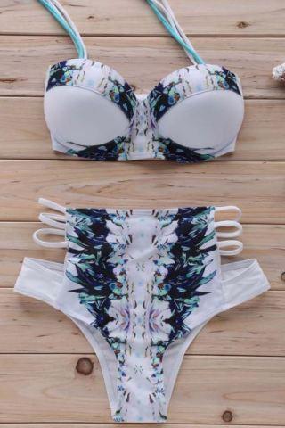20 Sexy Bikinis For Your Next Beach Day