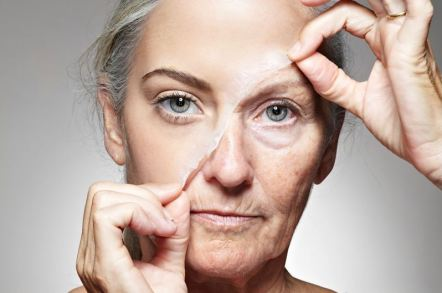 Wrinkly skin at an early age are reasons why you should take your makeup off before bed!