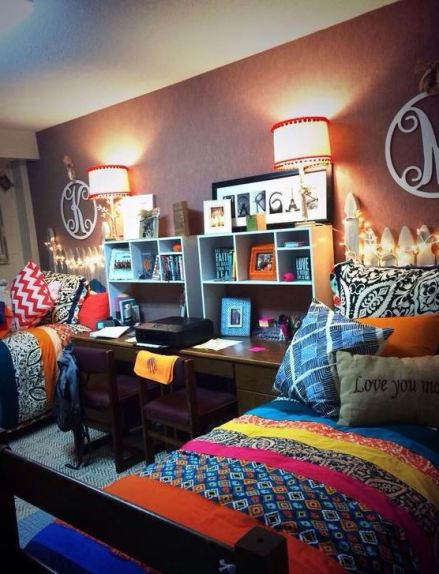 Throw pillows are perfect for coordinating dorm room ideas!
