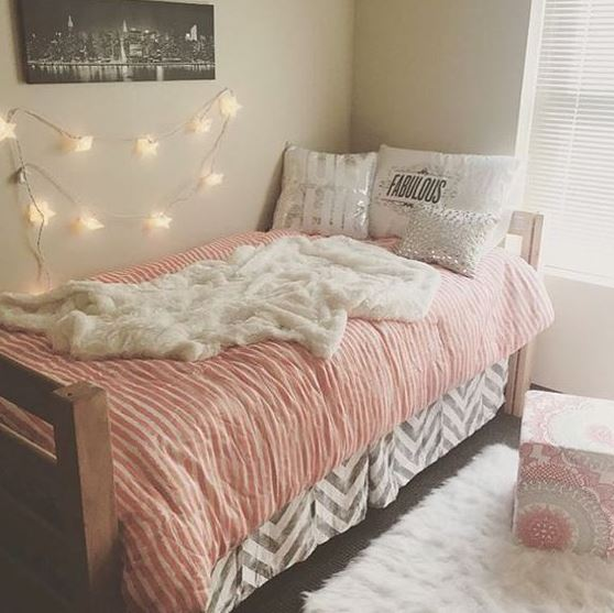 Throw Rugs Are A Simple Way To Decorate Your Dorm Room On A Budget! Part 75