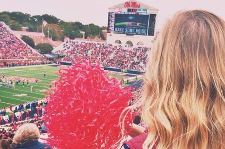 We've put together the best pictures of Ole Miss! After seeing these pictures, you'll wish you were starting at Ole Miss tomorrow!