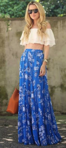 Maxi skirts look amazing with cute crop tops!