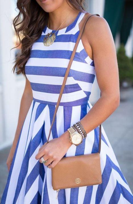 Striped dresses make perfect graduation dresses!