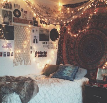 Nothing sucks more than having lifeless and boring dorm room. Here are amazing Fordham University dorm rooms for inspiration so that doesn't happen to you.