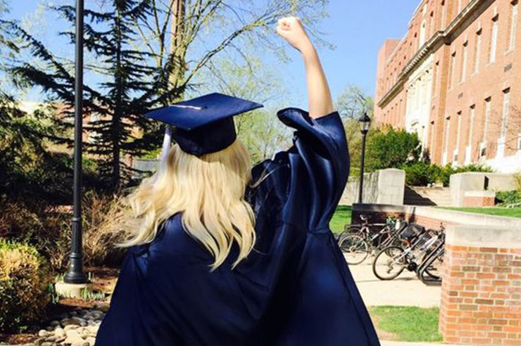 You just took your graduation gown off, it's time to put on your big girl panties. Here are things I wish I could have told myself as an upcoming freshman.