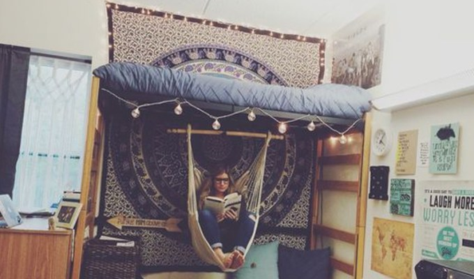 How To Properly Pack A College Dorm Room