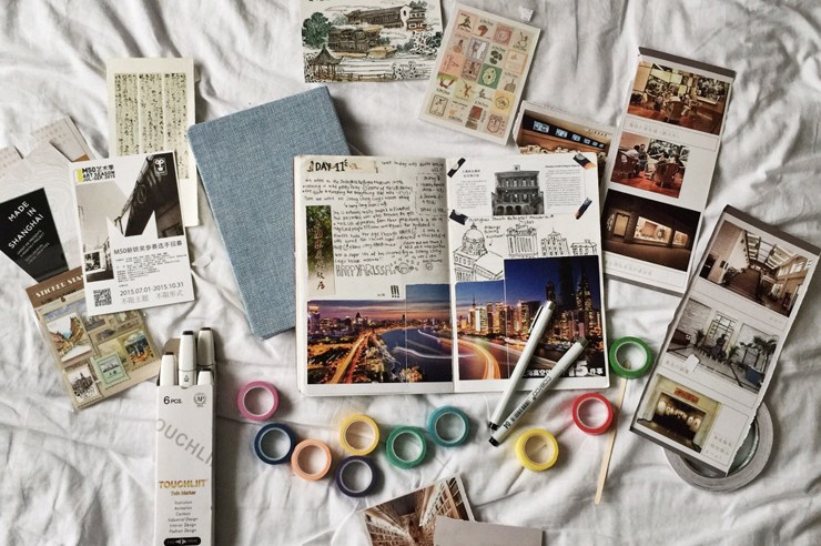Travel journals are so important when it comes to documenting your trip!Keeping a travel journal is a great way to remember everything you've done and seen!
