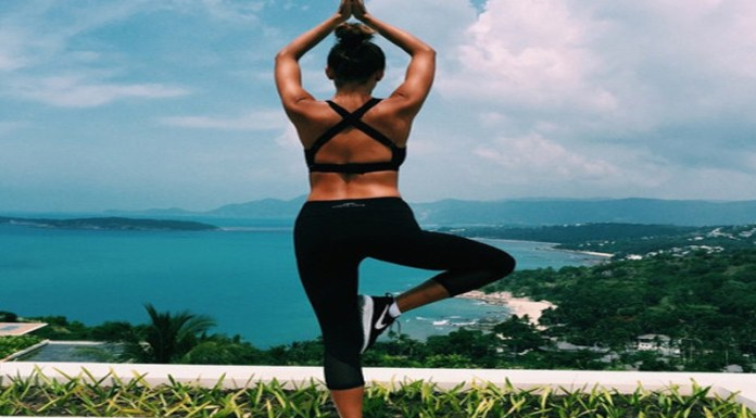 Living a healthy lifestyle is so important for your body and your mindset. These are 20 tips for getting fit and healthy so you can feel and look good!
