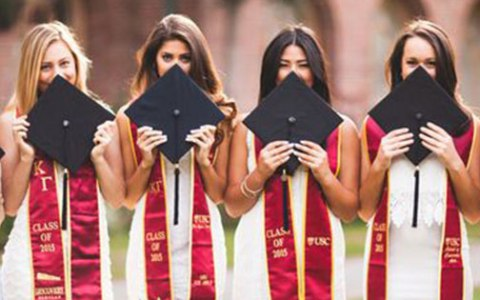 Senior year is as crucial as all the years previous. Take a look at the list of the 15 things I wish I knew before I started the college process.