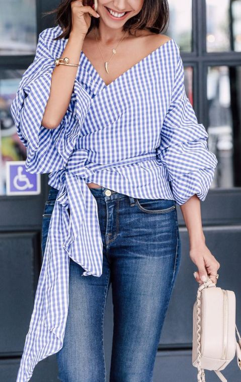 You'll definitely want to copy this blue gingham outfit!