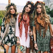 Need a little help to amp up your wardrobe? Here are some bohemian style tips that are sure to upgrade your wardrobe, making sure you stand this summer!