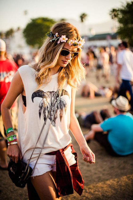 Here's how to recreate this western-inspired country concert outfit!