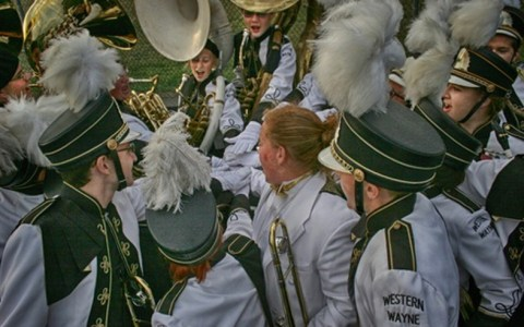 No matter what you chose to be a part of in high school, you were left with some memories. These are 20 signs that you were in marching band in high school.