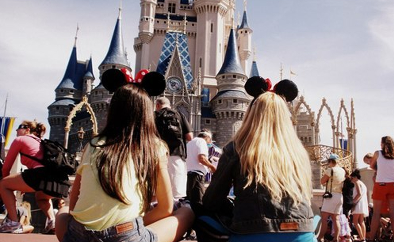 Living in the sunshine state definitely has it's perks; and living right next to Disney? Even better! These are a few signs you're from Central Florida!