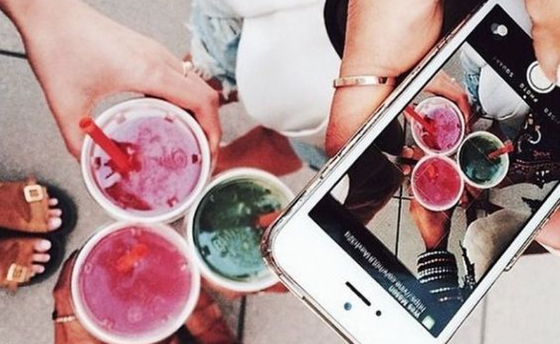 If you're looking for some serious fashion, food, and travel inspiration, these 10 student Instagrammers from Elon University have to be on your feed!