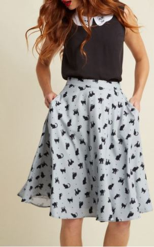 Plus size skirts are college essentials for curvy girls