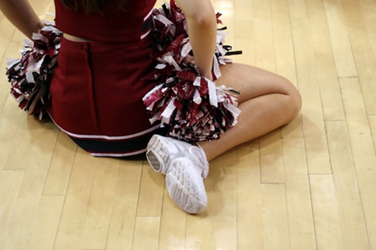If you were a cheerleader you definitely experienced at least one of these fifteen things growing up. Check out 15 signs you were a cheerleader.