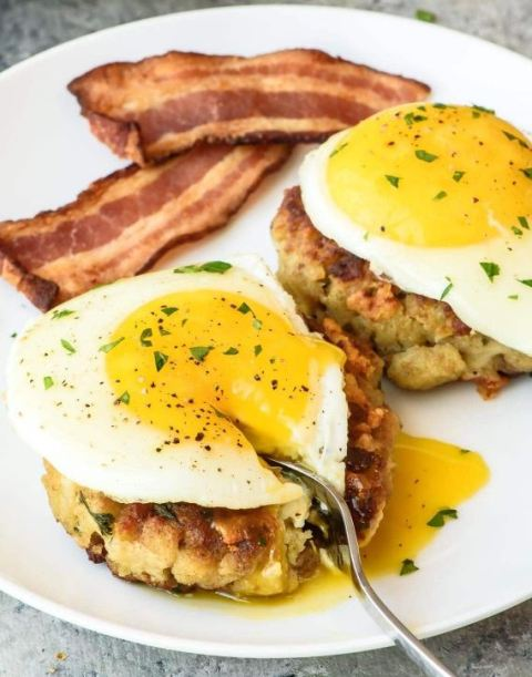 These breakfast cakes are a great use of Thanksgiving leftovers!