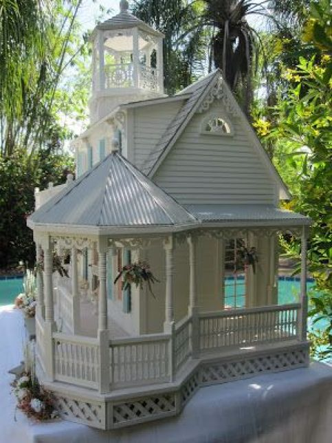 Beautiful Dollhouses!