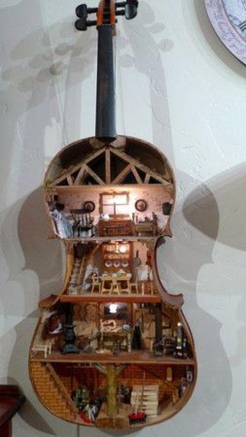 Guitar Dollhouses!