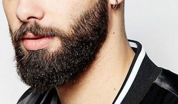 The best way to keep your beard soft and under control is by applying a beard oil to it. Keep reading to find out exactly how to apply beard oil.