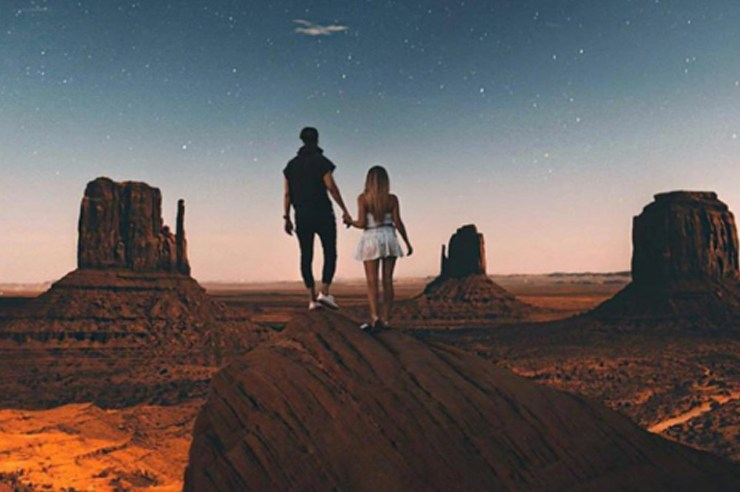 """Ever ask, """"what zodiac sign should I date?"""" Zodiac compatibility is no bullshit. Check out what zodiac signs are most compatible. Even put your ex's sign in"""
