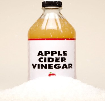 Apple cider vinegar benefits are great. Here's how to use apple cider vinegar for your health. You can use apple cider vinegar remedies for anything.
