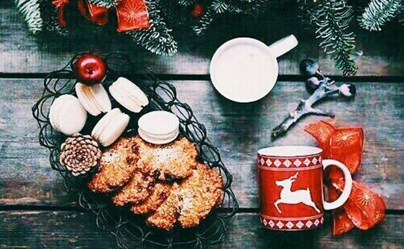 Christmas food ideas are here! Find out what the best Christmas foods you can serve at a Christmas party are. These easy Christmas ideas are quick and easy.